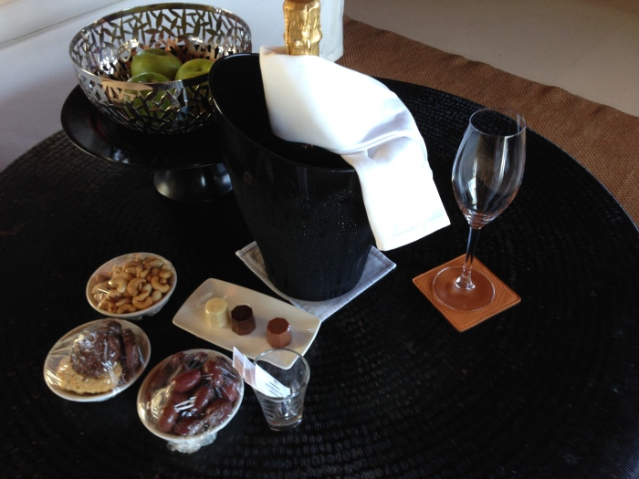 Hyatt Diamond Welcome Amenities - champagne, chocolate, etc!