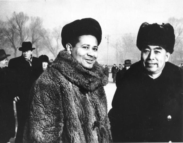 William Worthy with Mao Zedong in 1957. Courtesy of The Boston Globe